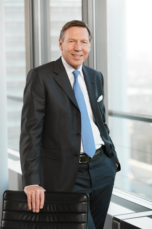 Business Portrait vor Ort | Vorstandsportrait